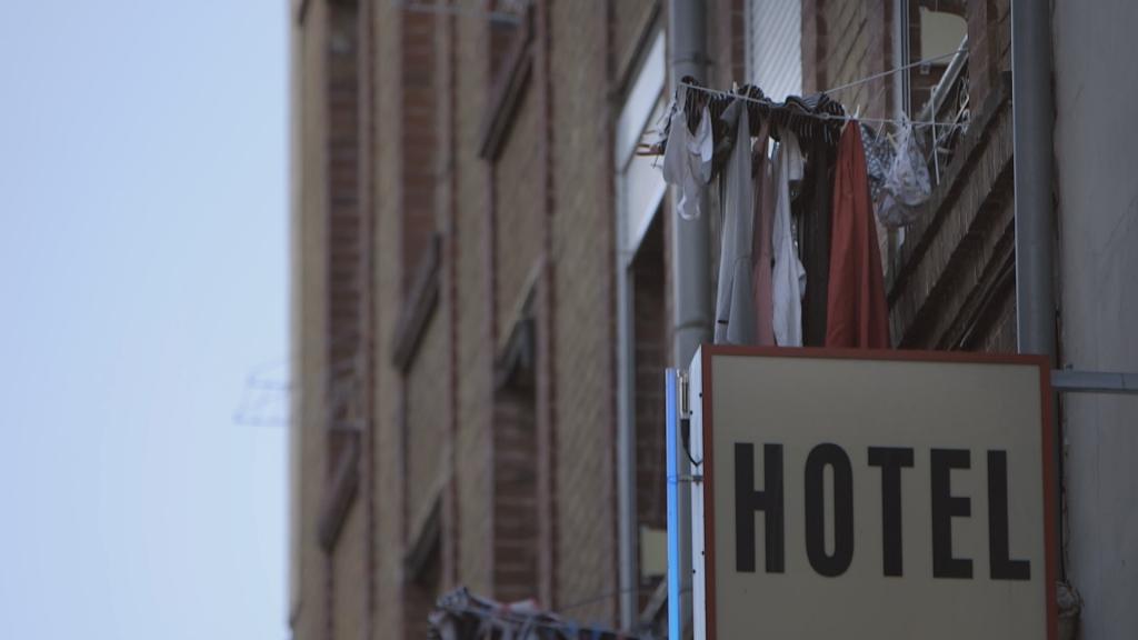 un des hôtels acceptant de louer des chambres au 115