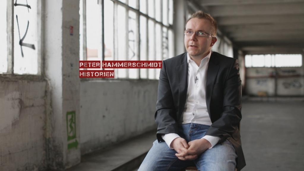 Il a eu un un accès unique aux archives des services secrets allemands et notre film repose en partie sur ses révélations